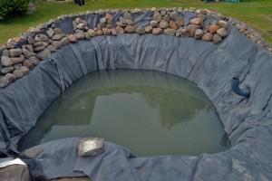 Folierte-Tiefwasserzone-mit Skimmer und Bodenablauf